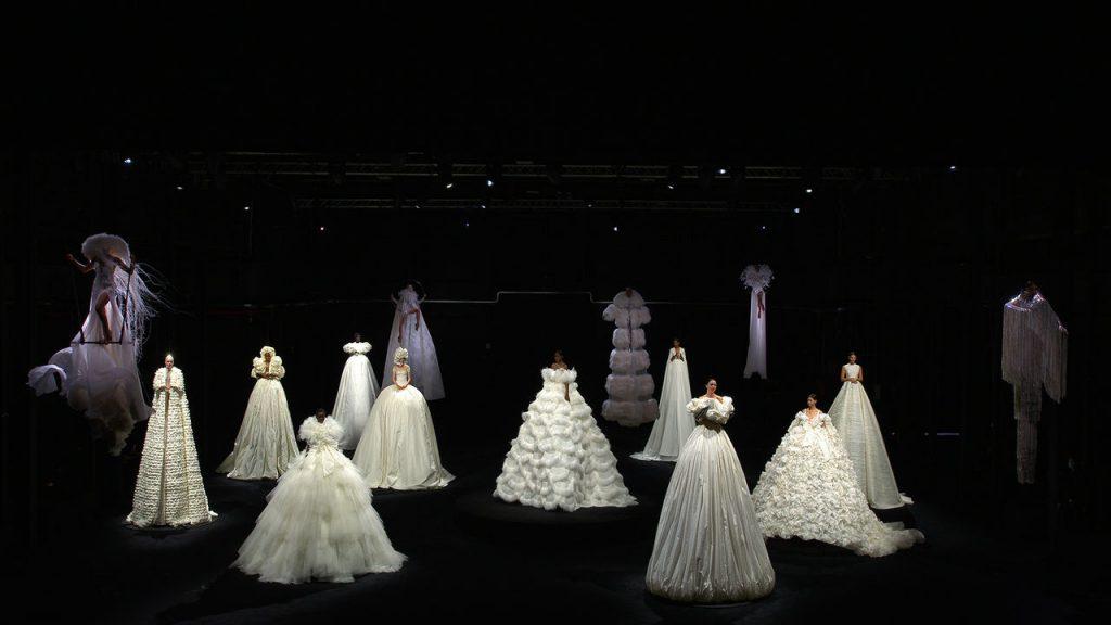 Fashion spotlight : Valentino Fall 20/21 Couture Collection
