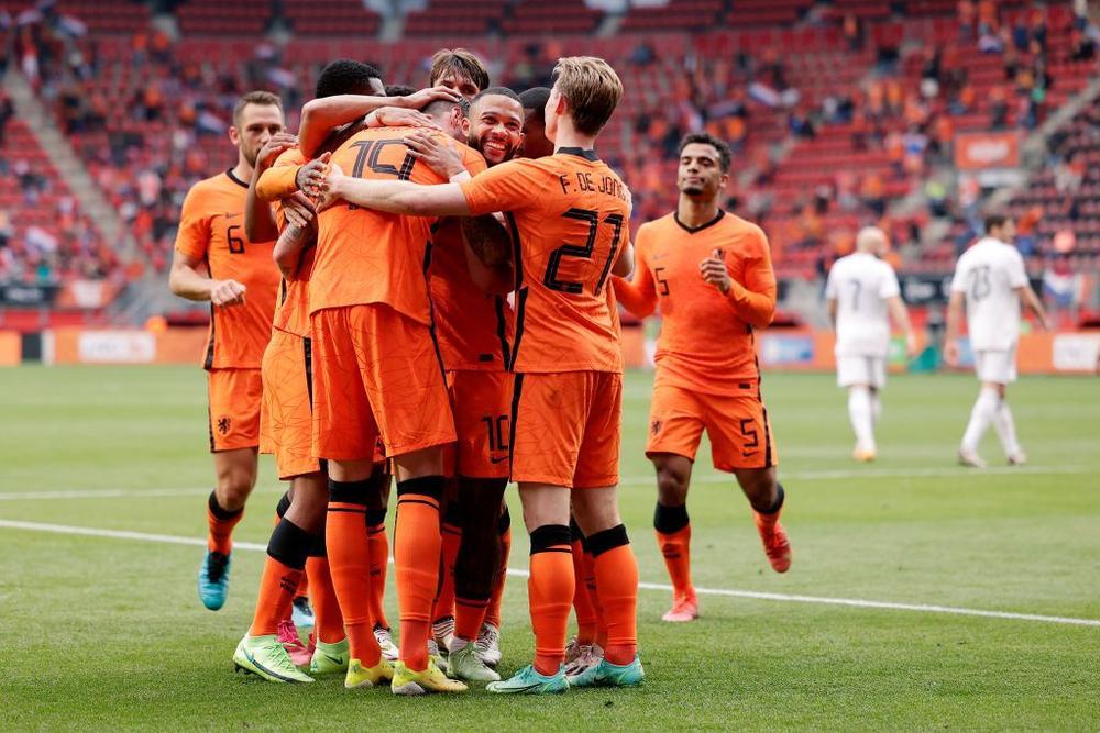 Belanda vs Georgia